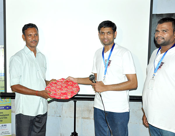 Appreciation given to main volunteer, who provided support for the successful delivery of this DataAP programme.